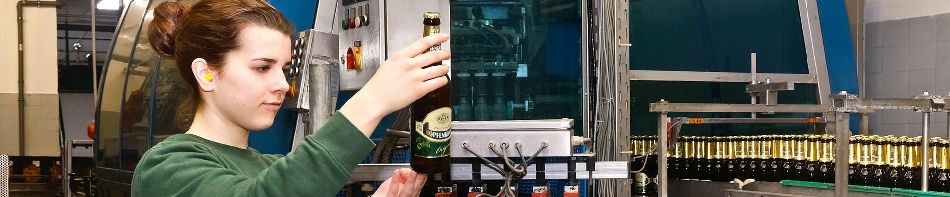 [Translate to Englisch:] Mauritius: Brauerei: Wir sind Mauritius